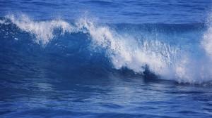 water-waves-_584707-15